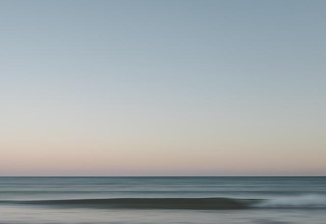 beach-1867226_640